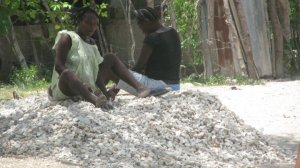 These women spend their days crushing rocks to earn money.